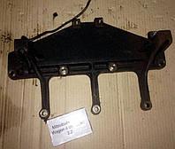 Кронштейн, 1582A090, Mitsubishi Pajero Wagon (Митсубиши Паджеро вагон 4)