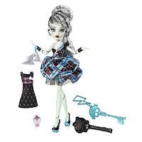 Кукла Monster High Frankie Stein Sweet 1600 Монстер Хай Френки Штейн 1600 День Рождения