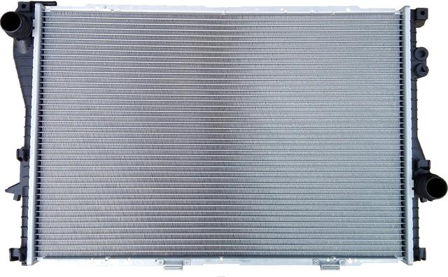 Радиаторы системы охлаждения Renault Trafic 2, Opel Vivaro A, Nissan Primastar