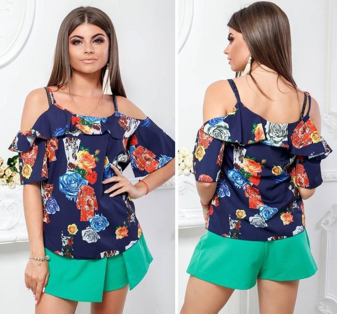 Женственная блузка модель 108, принт оранжево-голубые цветы на темно-синем фоне