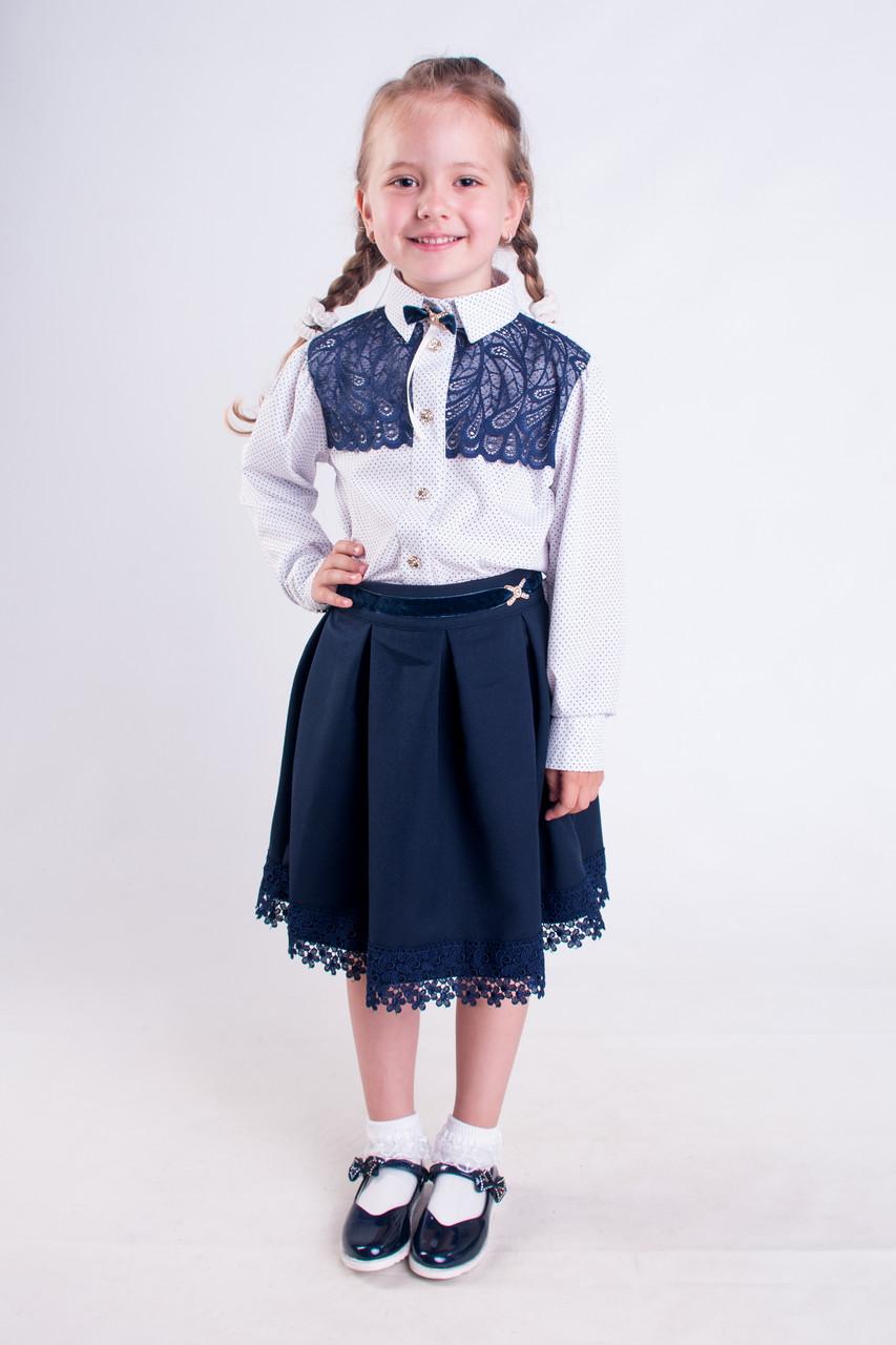 Школьная блузка белая в горошек с синим кружевом