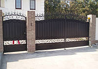 Распашные секционные ворота