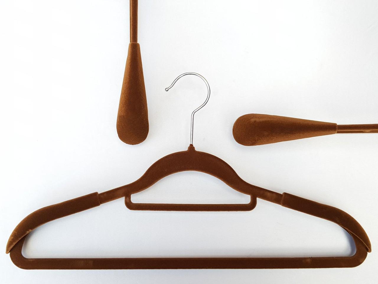 Плечики флокированные (бархатные) широкие с перекладиной, коричневого цвета, 42 см