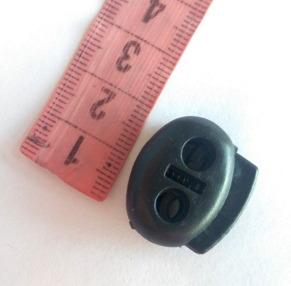 Фіксатор на шнур 2 отвори, чорний пластик