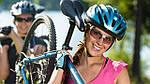 Необходимость велоочков во время езды на велосипеде!