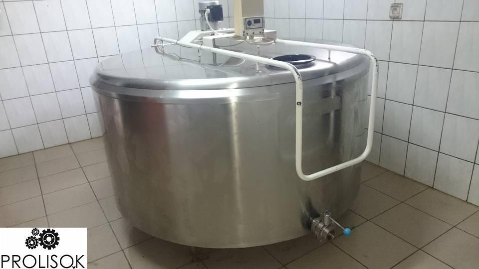 Охладитель молока 380 л