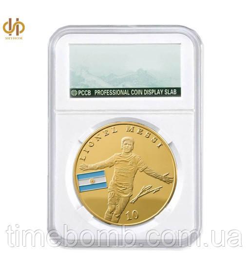 Позолоченная сувенирная монета Месси в футляре