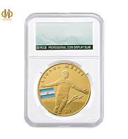 Позолоченная сувенирная монета Месси в футляре, фото 1