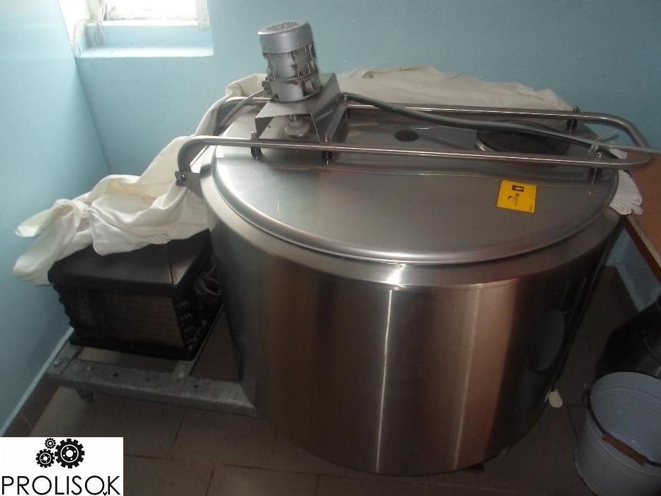 Охолоджувач молока 720 л