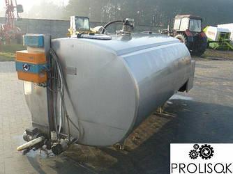Охладитель молока 1400 л