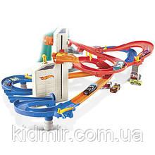 Хот Вилс Трек Автоматический скоростной лифт 4 в 1 + 10 машинок, Auto Lift Expressway Hot Wheels