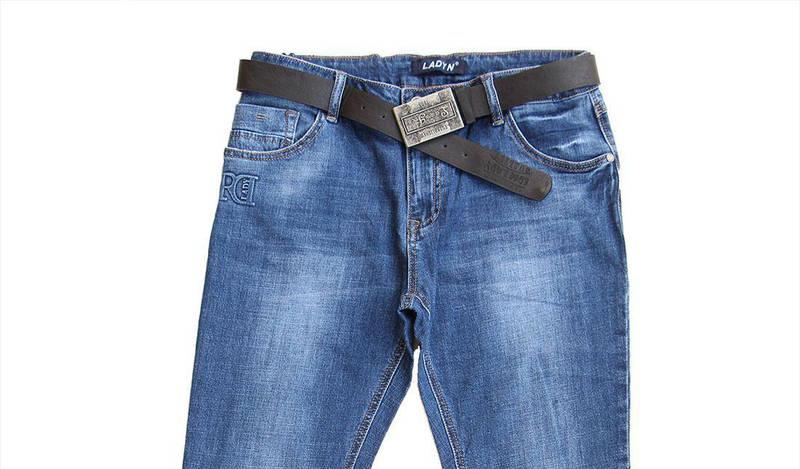 Батальные джинсы женские 30-36 с ремнем