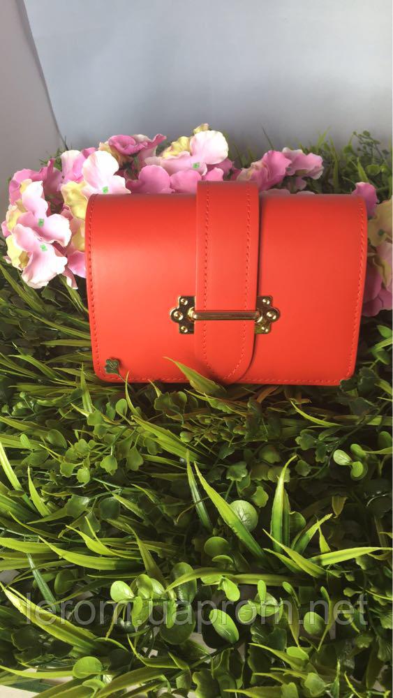 Женская сумка из натуральной кожи на пояс