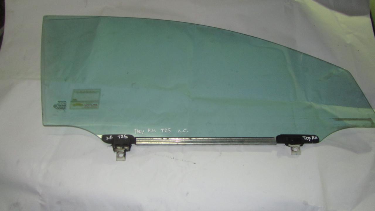 Стекло двери передней правой Toyota Avensis T250 T25 2003-2008 6810105030