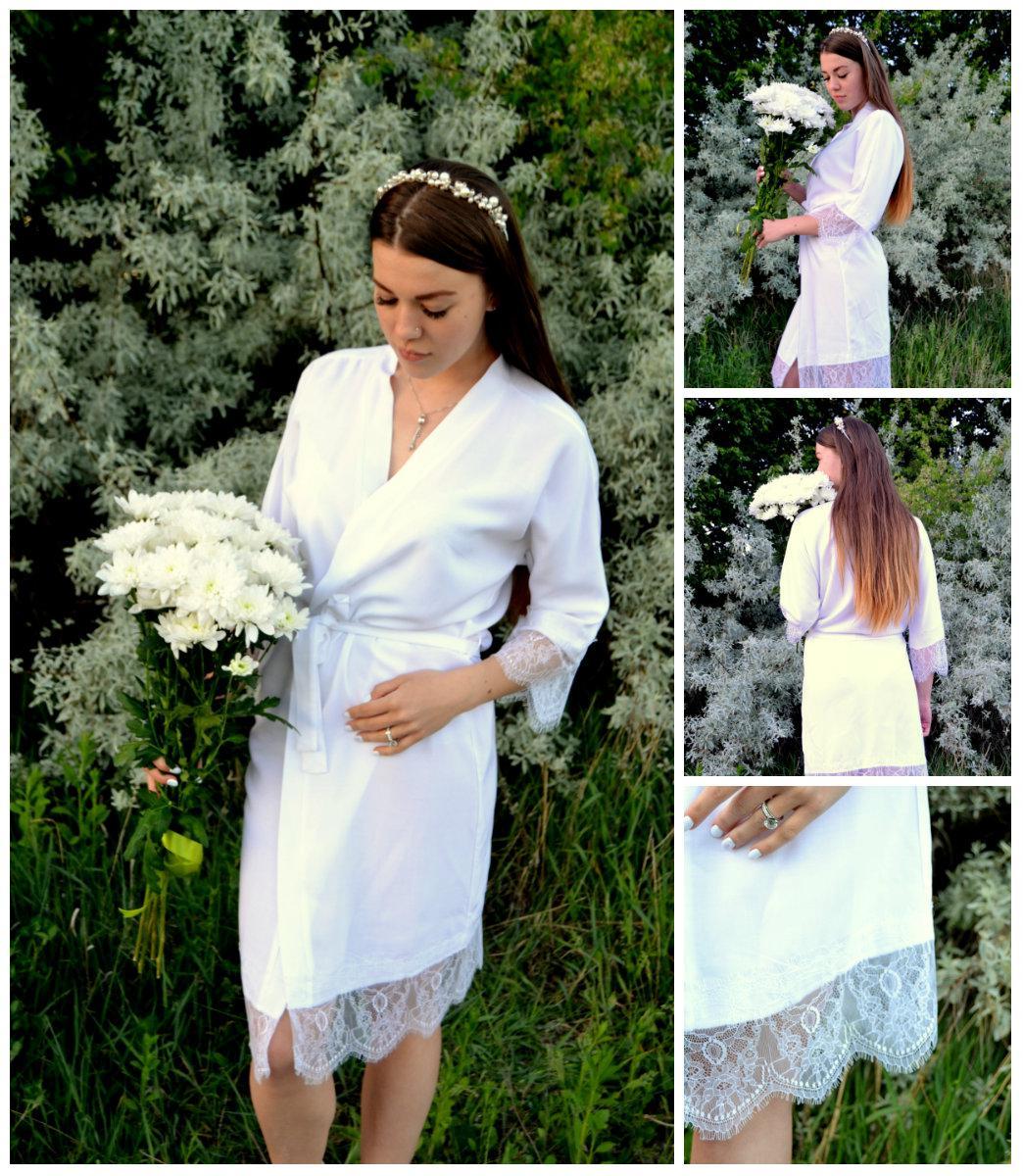 Жіночий білий легкий халатик з штапелю+мереживо. M,L,XL
