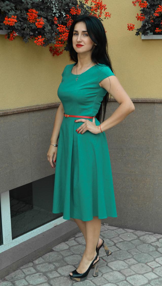 fdb61f59483 Льняное летнее женское платье зеленого цвета  продажа
