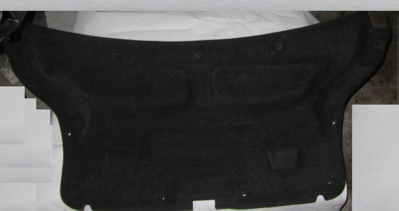 Обшивка крышки багажника Toyota Avensis T250 2003 -2008 6479105050C1