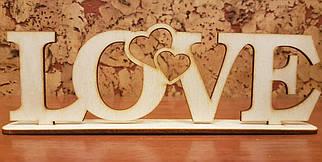 "Декор слово из дерева ""LOVE"" 1шт."