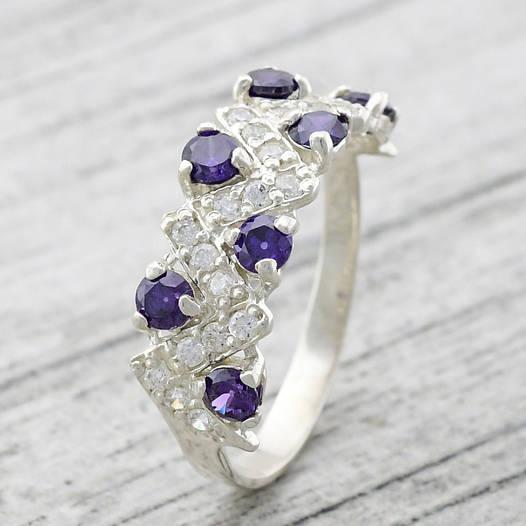 """Серебряное кольцо """"Венок"""", вставка фиолетовые фианиты, вес 2.37 г, размер 16"""