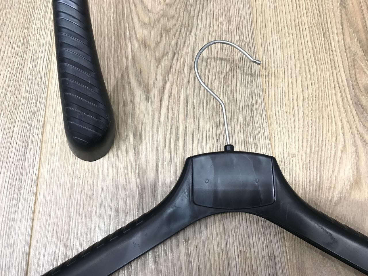 Плечики вешалка  для верхней одежды