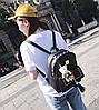 Стильний жіночий набір 4в1 з заклепками і пензликами, рюкзак, клатч, космо, візитниця, фото 4