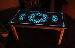 Светящиеся столы и мебель