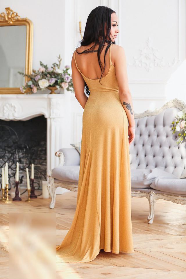 Длинное женское платье в пол на бретелях со шлейфом, цена 910 грн., купить  в Харькове — Prom.ua (ID 695892009) 861d8e36abd