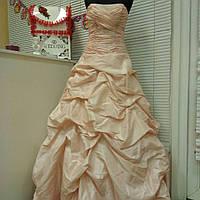 Свадебное платье нежного пудрового цвета