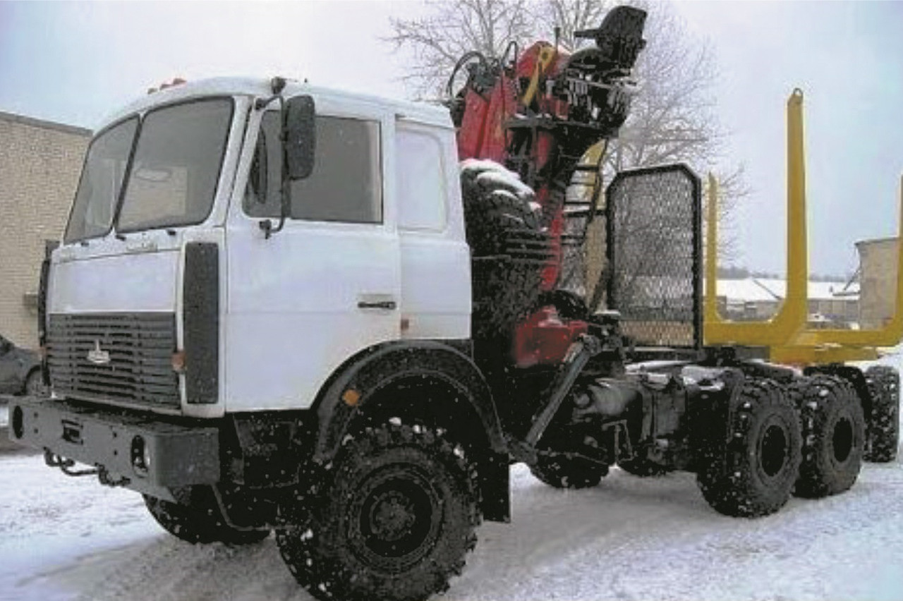 Автомобиль-лесовоз на базе шасси автомобиля МАЗ