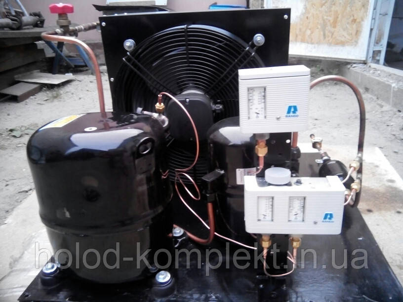 Среднетемпературный холодильный агрегат R404a/R507 , 14935 Вт. холод. (380 V)