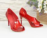 Женские лаковые босоножки на шпильке, цвет красный, фото 4