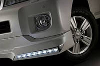 """Накладка переднего бампера Toyota Land Cruiser 200 с диодной подсветкой """"Platinum Edition"""", фото 1"""