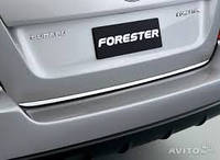 Декоративная накладка дверей багажника (хром) аксессуар Subaru Forester S11 04-07 Оригинал (E755ESA000)