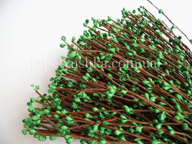Квіткові тичинки зелені