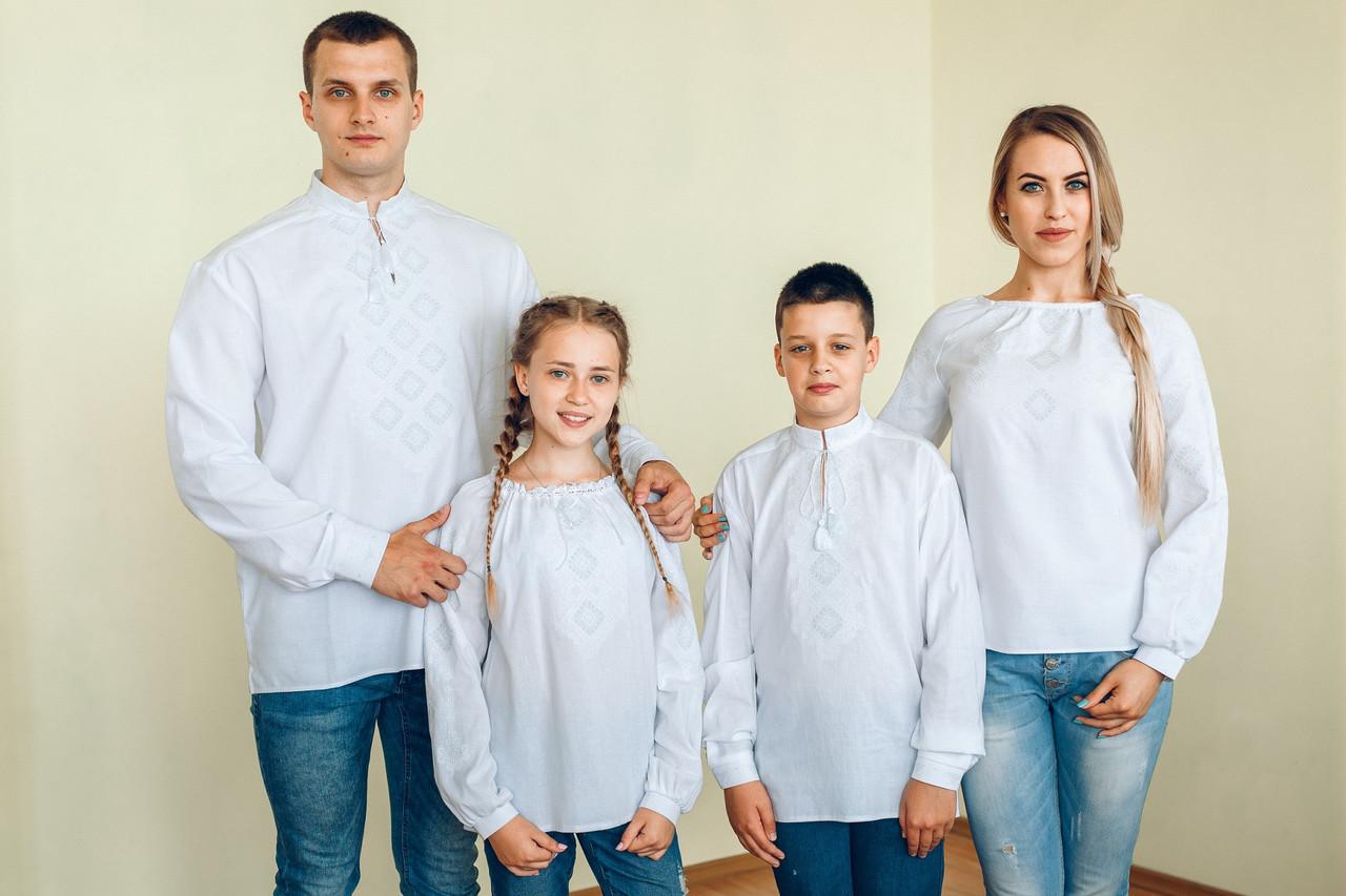 Комплект вишиванок для всієї родини (біла вишивка)  продажа 074c9edf22f4a