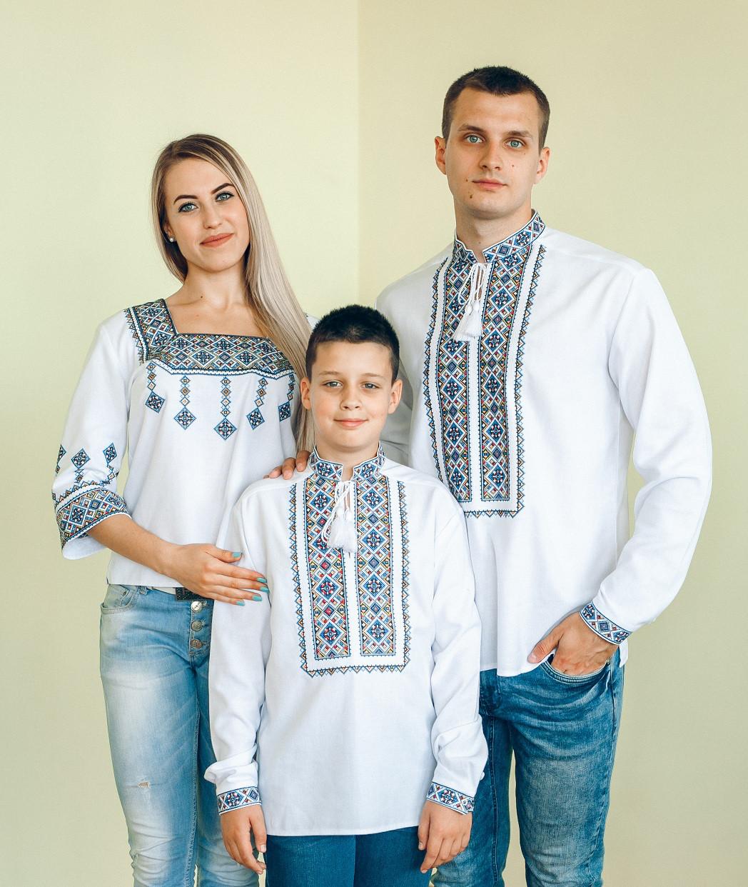 Комплект вишиванок для сім ї (синя вишивка) 38d7b17ba3ac9