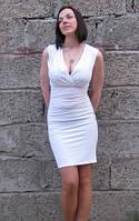Платье коктейльное белого цвета Rinascimento в размере S