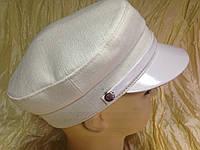 Женская льняная кепка - картуз цвет белый
