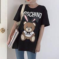 Женская удлиненная футболка туника в стиле Moschino черная, фото 1
