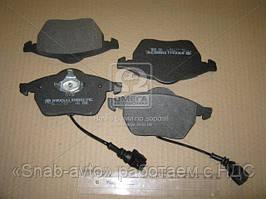 Колодка тормозная передняя (с датч.) (производство Intelli) (арт. D957EI2), ACHZX