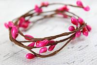 Тычинки на веточке ярко-розового, малинового цвета, фото 1