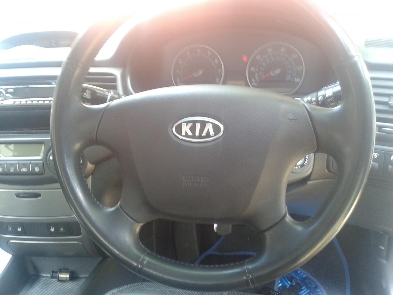 KIA MAGENTIS руль