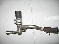 Патрубок системы охлаждения Renault: Megane, Megane II год 1996-2006 8200366950