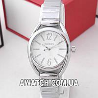 Женские кварцевые наручные часы Guess M160 / Гесс на металлическом браслете серебристого цвета