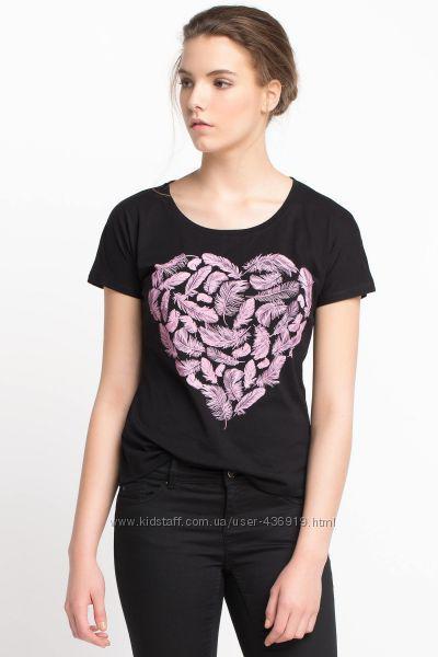Черная женская футболка De Facto / Де Факто с рисунком-сердце на груди