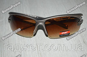 Спортивные солнцезащитные очки / Вело очки коричневого цвета.