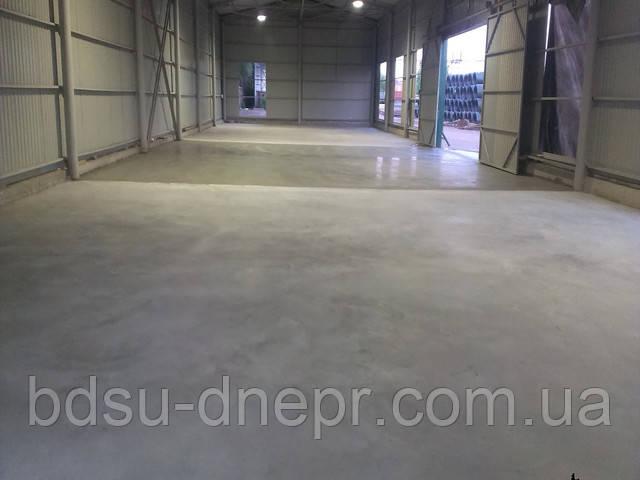 Шлифованный бетонны пол