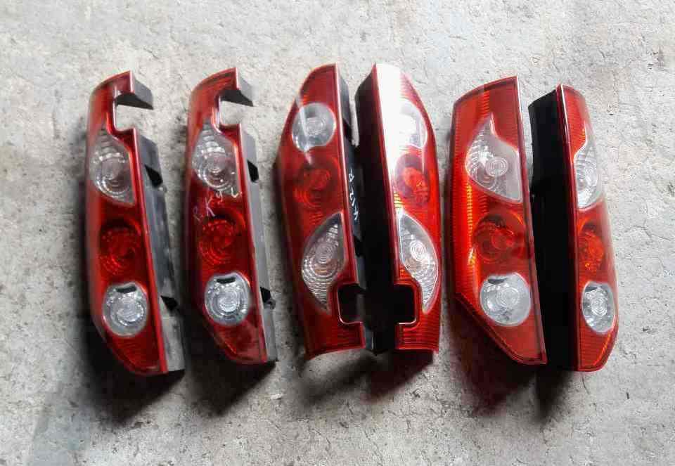 Б/у Ліхтар задній лівий/правий Renault Kangoo Рено Кенго Канго Кангу 2008-2013 р. р.