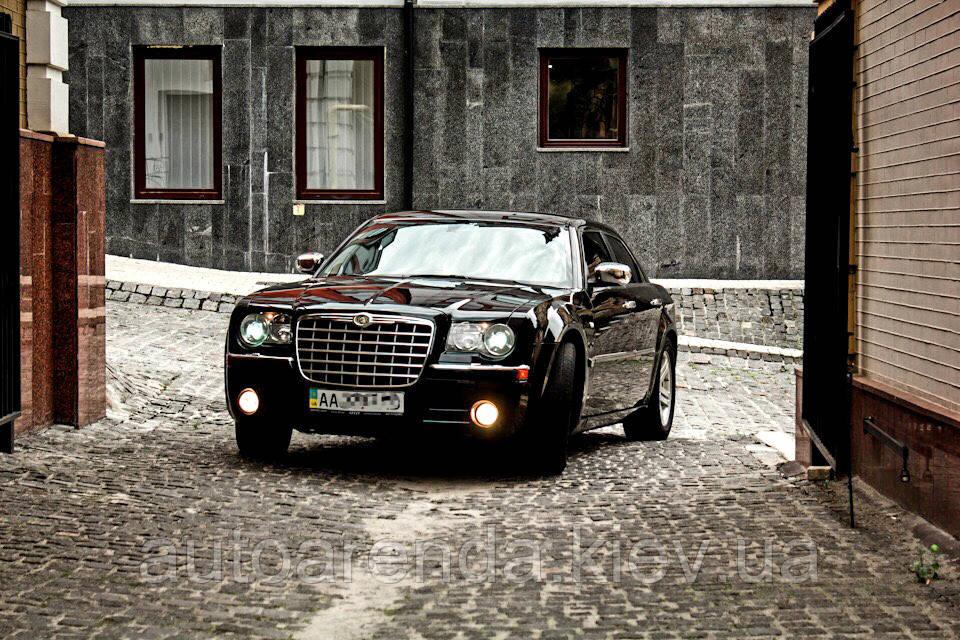 Аренда автомобиля Chrysler 300C Киев