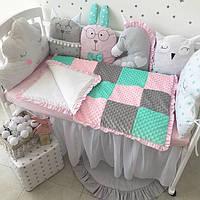 """Комплект в кроватку """"Зверушки серо-розово-мятные"""""""